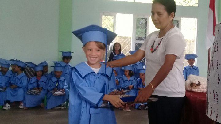 23 siswa Kristen Pisteou Diwisuda