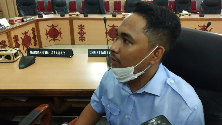 Puluhan Pedagang Kota Jawa Mengadu ke DPRD