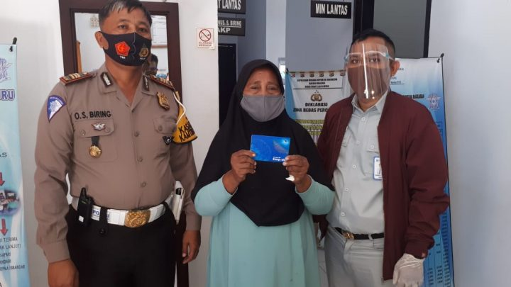 Jasa Raharja Santuni Korban Meninggal Tabrakan Maut di Pulau Buru