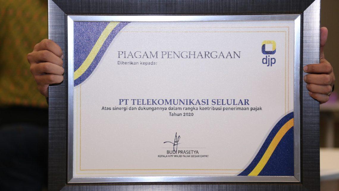 Sumbang Pajak Besar ke Negara, Telkomsel Raih Penghargaan KPP