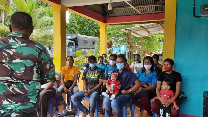 Konsistensi TNI-AL Laksanakan Program Serbuan Vaksin di Maluku