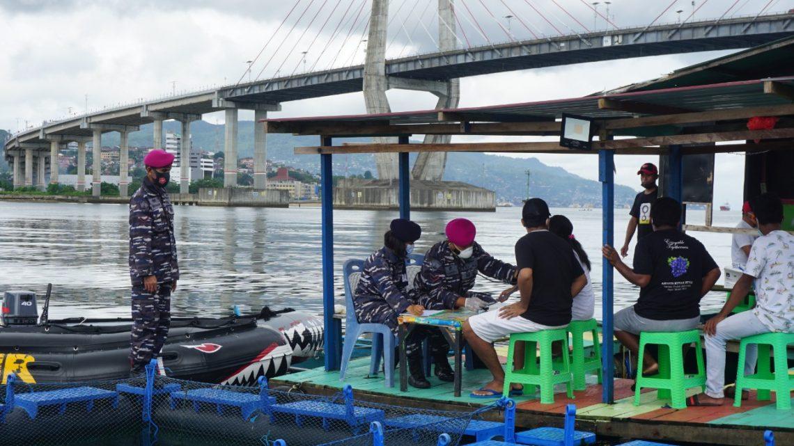 Kini, Nelayan Budidaya Jadi Sasaran Vaksinasi TNI AL