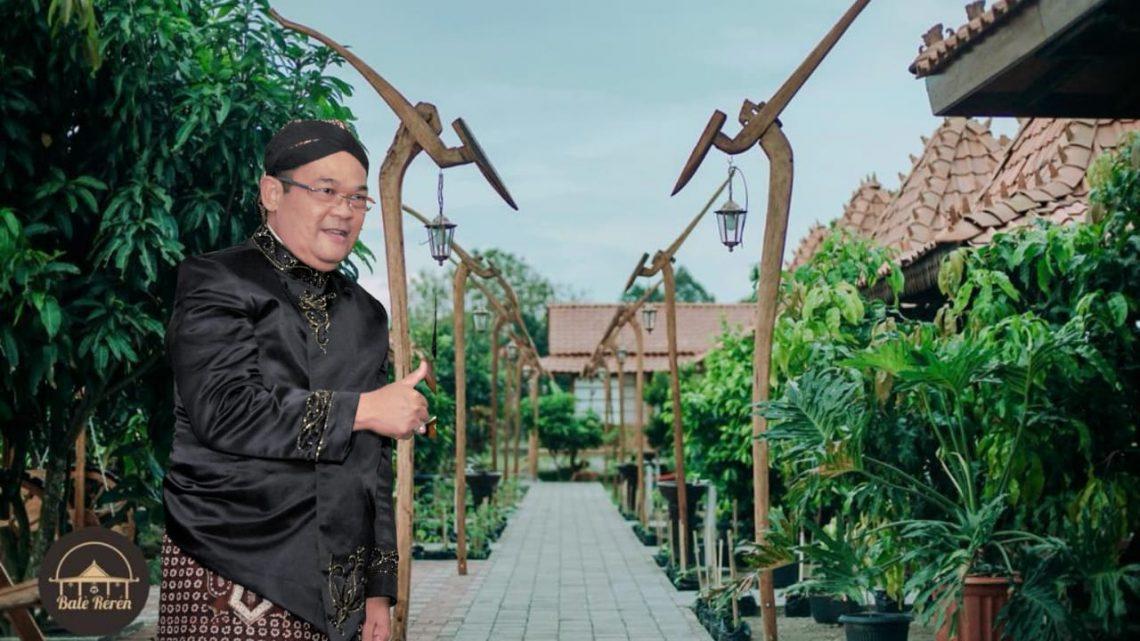 Purna Tugas, Mantan Rektor UNY Prof. Sutrisna Wibawa Dirikan Rumah Makan Edukatif