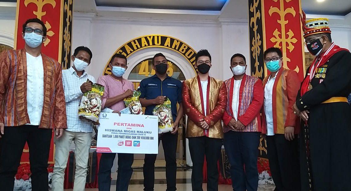 Pertamina Salurkan Bantuan 1.000 Paket Beras dan 200 Voucher BBK Bagi Sopir Angkot