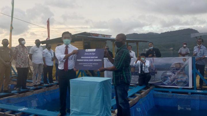 BI Maluku Bantu Keramba Jaring Apung Pokdakan Siloam Lateri